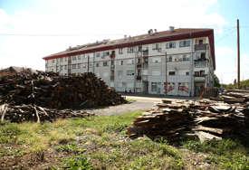 Stanove dobili prije 12 godina, a BESKUĆNICI: Porodice poginulih boraca žrtve afere u Banjaluci