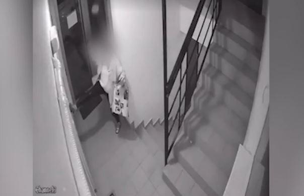 Bahatost ove djevojke dijeli se mrežama: Ušla je u zgradu i uradila nešto neočekivano (VIDEO)