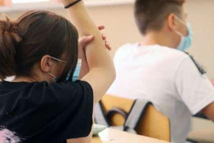 Učenik nije htio da nosi masku, pa PREŠAO U DRUGU ŠKOLU