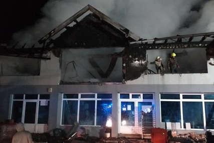 Vatrena stihija ostavila pustoš u fabrici: Ogromna šteta u požaru kod Milića (FOTO)
