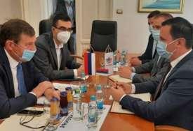 Ministar Vojin Mitrović najavio i šestu trasu: Aerodrom Trebinje pomjera jadransko-jonsku magistralu