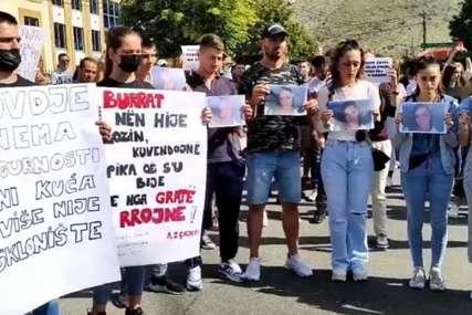 """""""JUČE ŠEJLA, DANAS TI"""" Protest zbog ubistva djevojke (19) koje je šokiralo Crnu Goru (VIDEO)"""