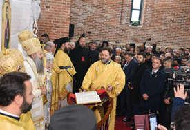 """""""Važno je čuti univerzalne poruke mira, posebno u ovoj  turbulentnoj situaciji"""" Stanivuković pristustvao liturgiji u manastiru Miloševac (FOTO)"""