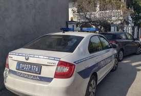 U potrazi za novim dokazima: Policija ispred kuće uhapšenog Džonića (VIDEO)