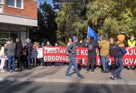 """""""Kada se Šmit vrati, biće održan novi sastanak"""" Završen protest u Sarajevu nakon razgovora sa predstavnicima OHR"""