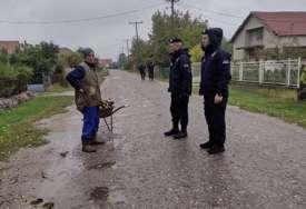 Pretraživali i jame po njivama: Zbog ubistva porodice Đokić policija ušla u svaku kuću u selu, mještane pitali za JEDNO VOZILO