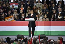 Pozvao Mađare da stanu u odbranu svoje domovine: Orban počeo kampanju zapaljivim govorom o EU