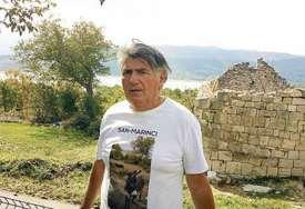 """""""Ništa se ne može porediti sa Dalmacijom"""" Prije 15 godina prepješačio 600 km do ognjišta, a danas čeka ostale da se vrate"""