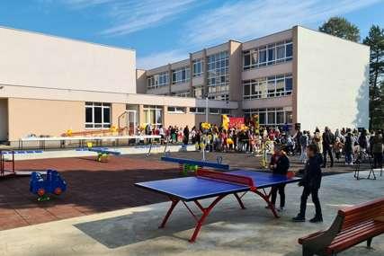 JEDINO U REGIJI U Doboju otvoreno inkluzivno igralište za djecu sa poteškoćama u razvoju
