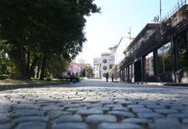 Zub vremena ih nagriza, dostojanstvo oduzima NEBRIGA NADLEŽNIH: Umjesto kultnih mjesta, spomenici postaju otpisane gradske ruine (FOTO)