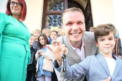 """Obilježavanje """"Nedjelje djeteta"""": U rukama malog gradonačelnika """"ključevi grada"""" (FOTO)"""