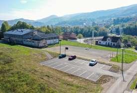 Na zadovoljstvo učenika i roditelja: Grad će obnoviti škole u Karanovcu i Novoseliji