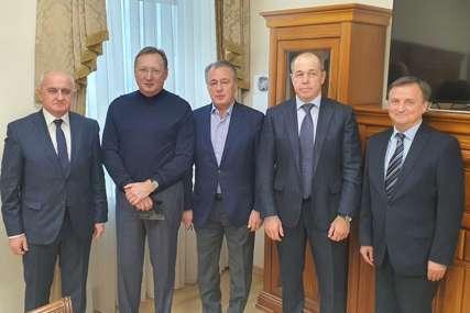 """Đokić razgovarao sa predstavnicima ruske kompanije: """"Zarubežnjeft"""" planira proširiti i unaprijediti poslovanje u Republici Srpskoj"""