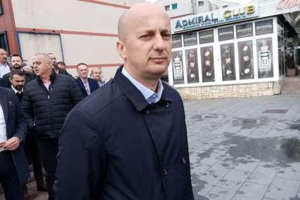 TRAŽI SE MLAD I ENERGIČAN I vlast i opozicija u Prijedoru sužavaju izbor kandidata za gradonačelnika