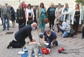 I tvoje ruke mogu spasiti život: Banjaluka dobila defibrilator (FOTO)