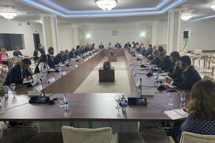OD 28 POZVANIH DOŠLO 11 Sastanak zvaničnika Srpske sa ambasadorima evropskih zemalja u BiH