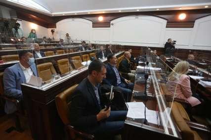 Kako će funkcionisati grad: Skupština i administracija u neviđenoj situaciji, NAJVAŽNIJI LJUDI U IZOLACIJI