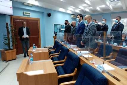 Svi čekaju PAVLOVIĆEV POTEZ: U Prijedoru vanredno nakon Dodikovog poziva da gradonačelnik zbog skandala podnese ostavku (FOTO)