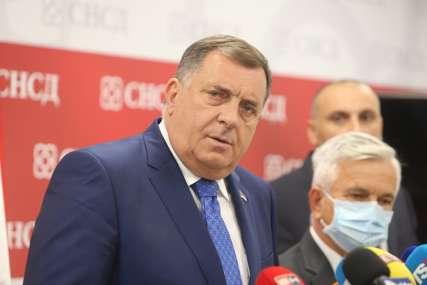 Dodik: Mislio sam da je Šarović ozbiljan čovjek, da li je Borenović koristio kiseonik tokom liječenja od korone