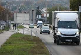 HAOS NA TRANZITU U BANJALUCI Potukli se poslije saobraćajke, u svemu učestvovale i žene (FOTO)